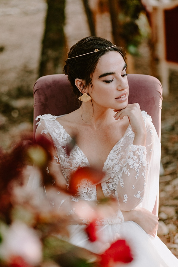 dreamy-fall-styled-shoot-woods-warm-color-tones_27x