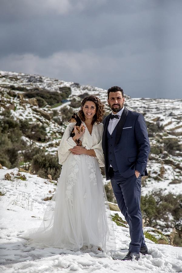 elegant-winter-wedding-tinos-olive-gold-details_02