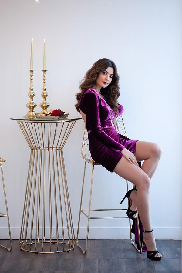luxurious-elegant-christmas-styled-shoot-burgundy-hues_04
