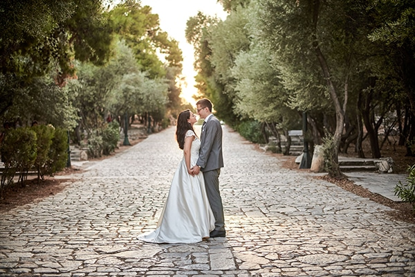 romantic-next-day-photoshoot-athens-acropolis_00
