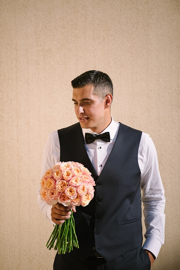 romantic-summer-wedding-athens-roses-coral-hues_08