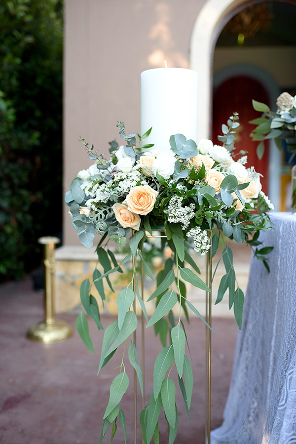 romantic-wedding-athens-peach-white-hues_15