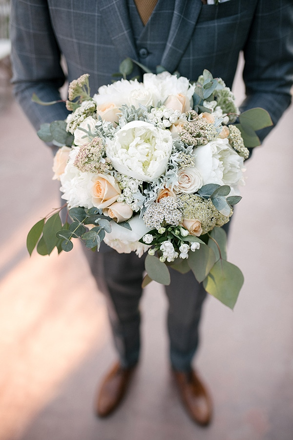 romantic-wedding-athens-peach-white-hues_18