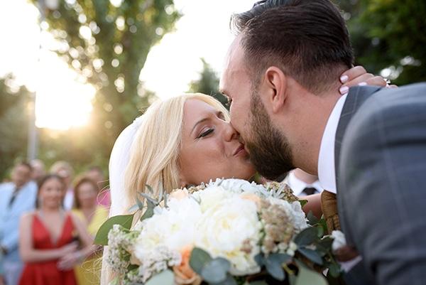 romantic-wedding-athens-peach-white-hues_21