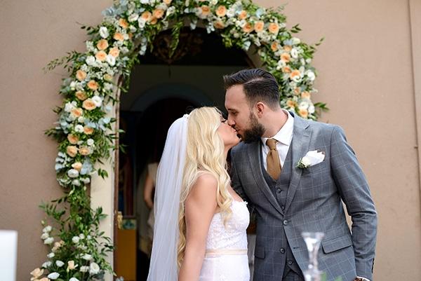 romantic-wedding-athens-peach-white-hues_25