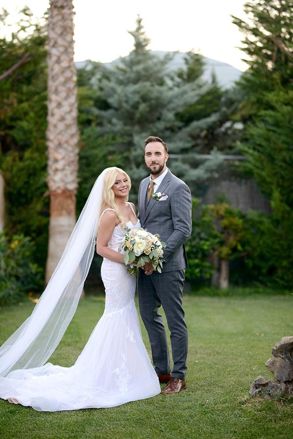 romantic-wedding-athens-peach-white-hues_30
