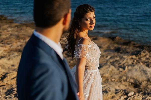 beautiful-fall-wedding-keratea-vivid-colors_00