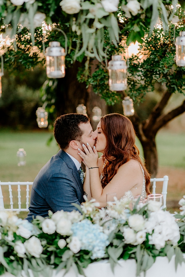 fairytale-summer-wedding-athens-lush-greenry-fairylights_24