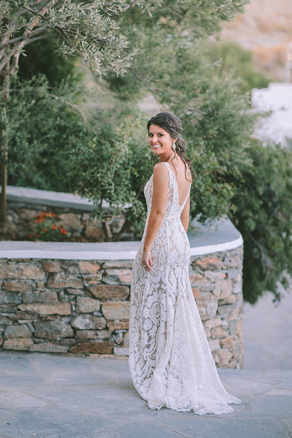 fairytale-summer-wedding-sifnos-impressive-floral-design-sea-view_13