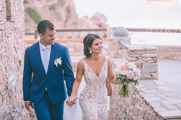 fairytale-summer-wedding-sifnos-impressive-floral-design-sea-view_35x