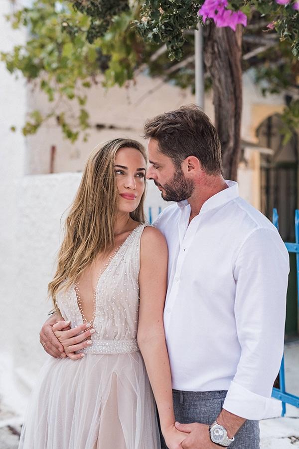 summer-wedding-kea-island-backdrop-endless-blue-sea_01