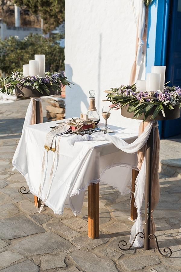 summer-wedding-kea-island-backdrop-endless-blue-sea_10