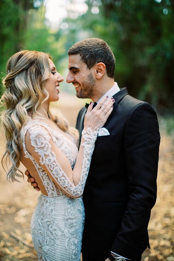 romantic-elegant-fall-wedding-nicosia-white-flowers-greenery_02