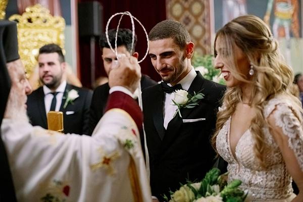 romantic-elegant-fall-wedding-nicosia-white-flowers-greenery_24