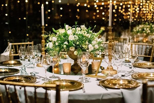 romantic-elegant-fall-wedding-nicosia-white-flowers-greenery_28
