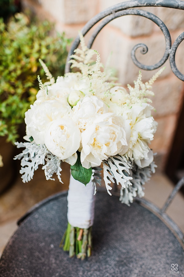 mistakes-you-should-avoid-when-choosing-your-bridal-bouquet-flowers_02.