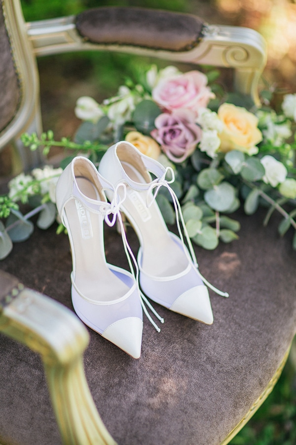 4b37fc84a1a Τα πιο ομορφα νυφικα παπουτσια - Love4Weddings