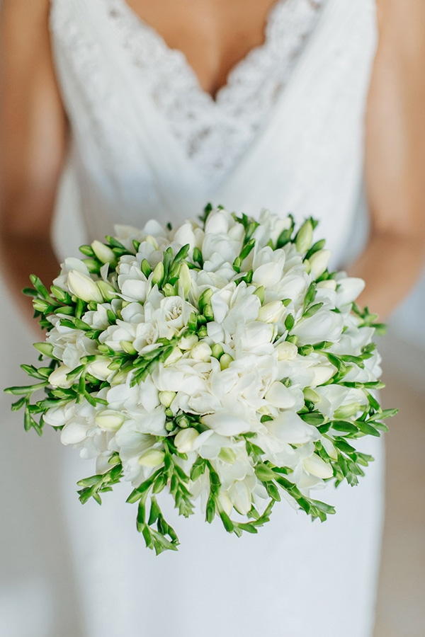 the-most-beautiful-white-bridal-bouquets_07.