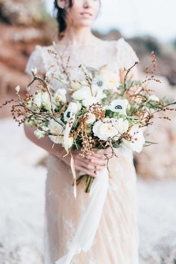 the-most-beautiful-white-bridal-bouquets_09.